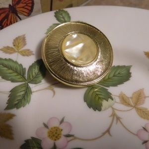 Accessories - Gold Toned Mother of Pearl Scarf Clip